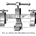 Apparatur zum Begradigen von Rohren