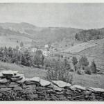 Landschaft mit alter Mauer